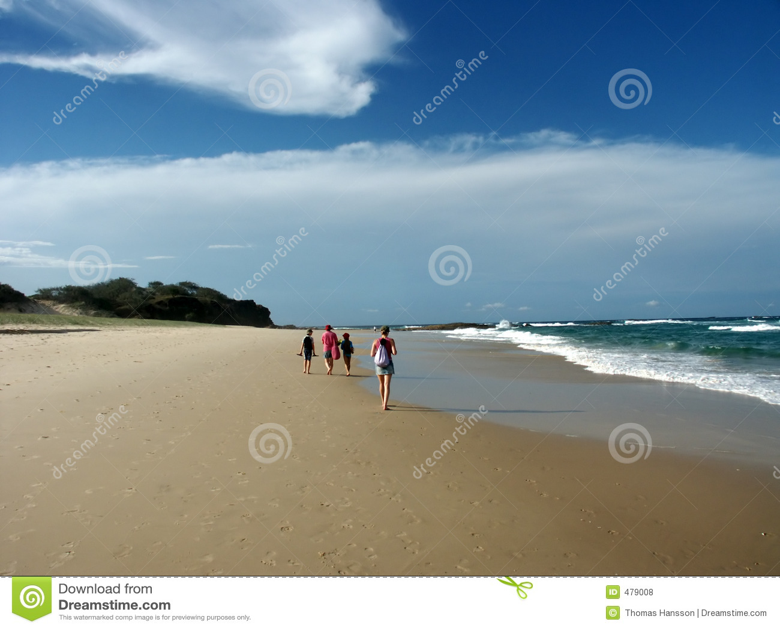 гулять группы пляжа