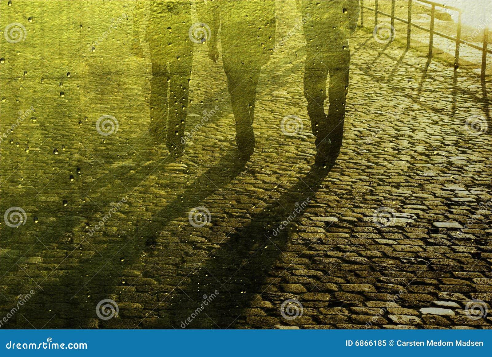 гулять людей булыжника дела