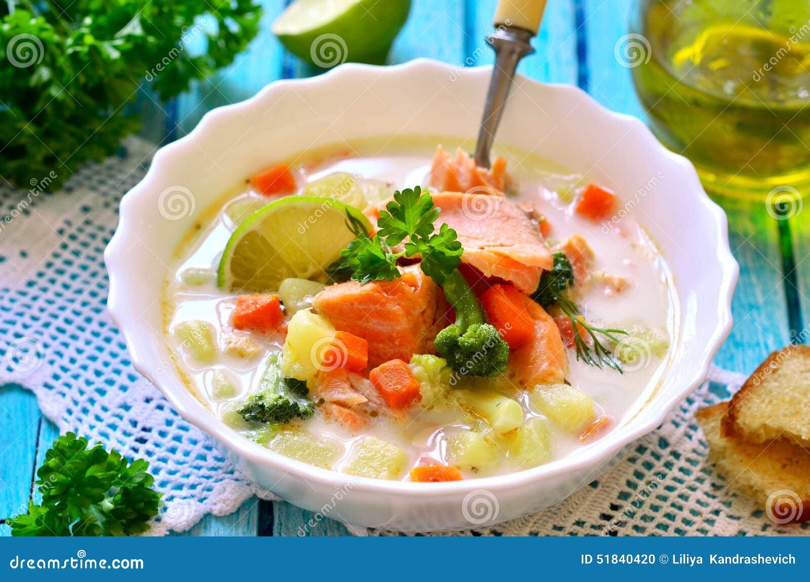 Густой суп с форелью