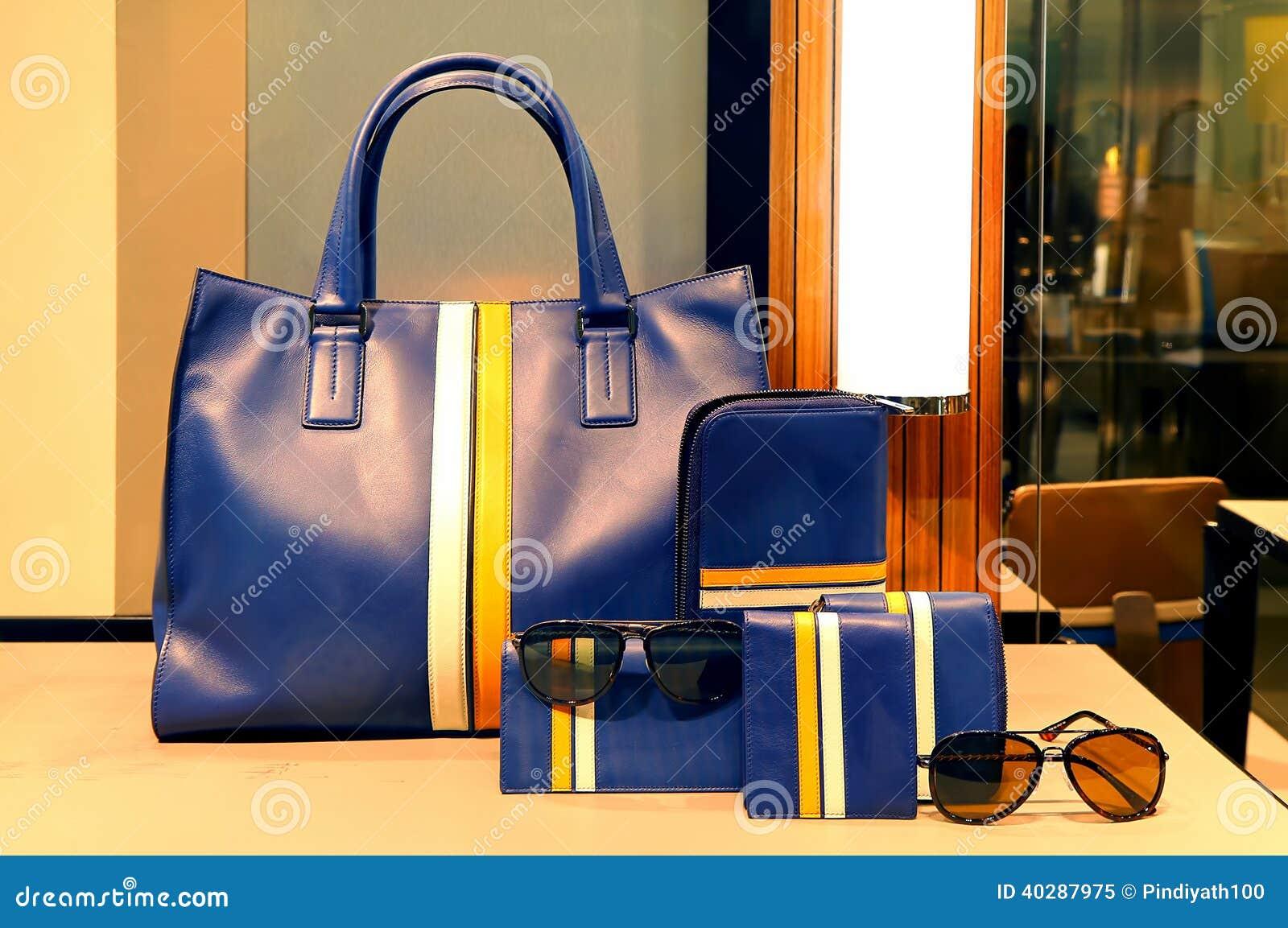Дамы кожаные сумка, портмоне и аксессуары