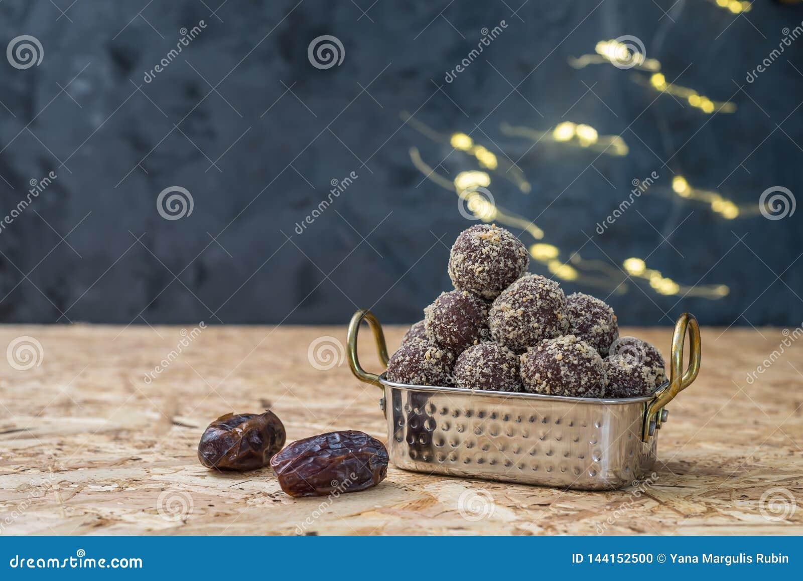 Даты и шарики или укусы энергии овсяной каши отсутствие повара