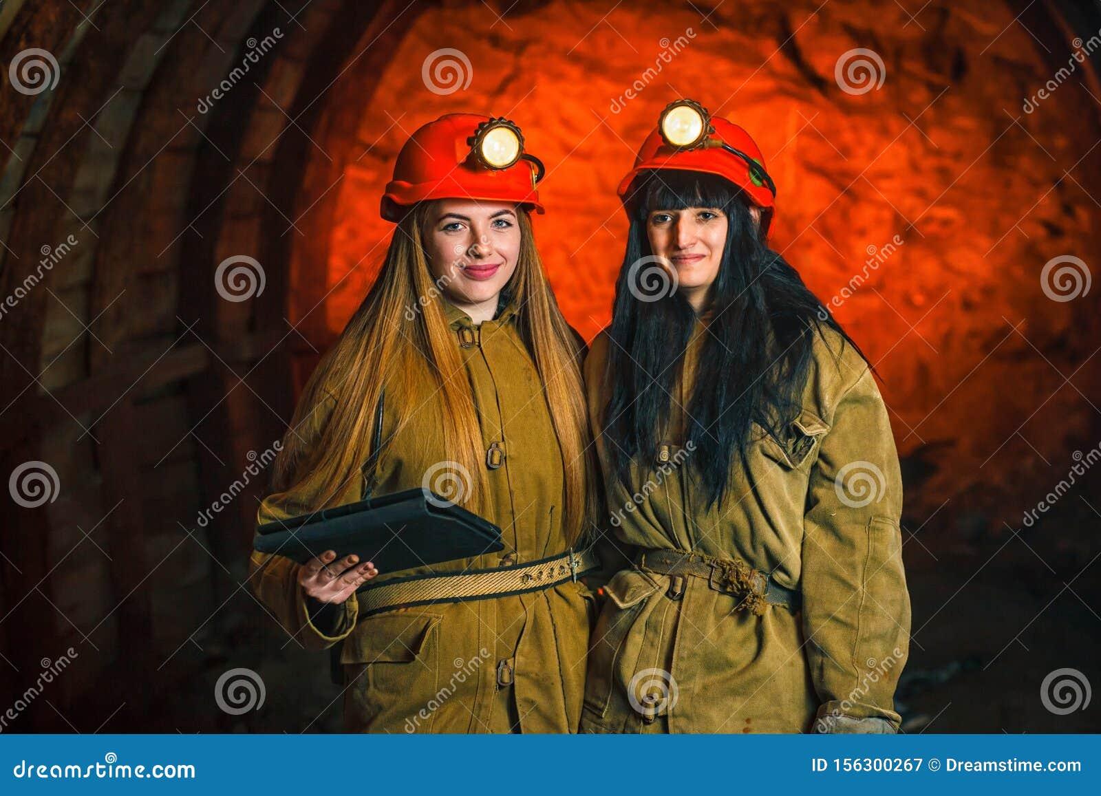 Работа в шахте для девушки девушка модель работа психолога с педагогами