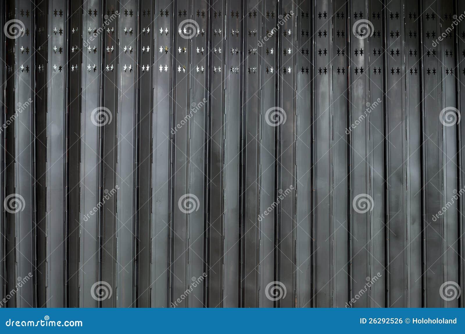 Дверь аккордеони