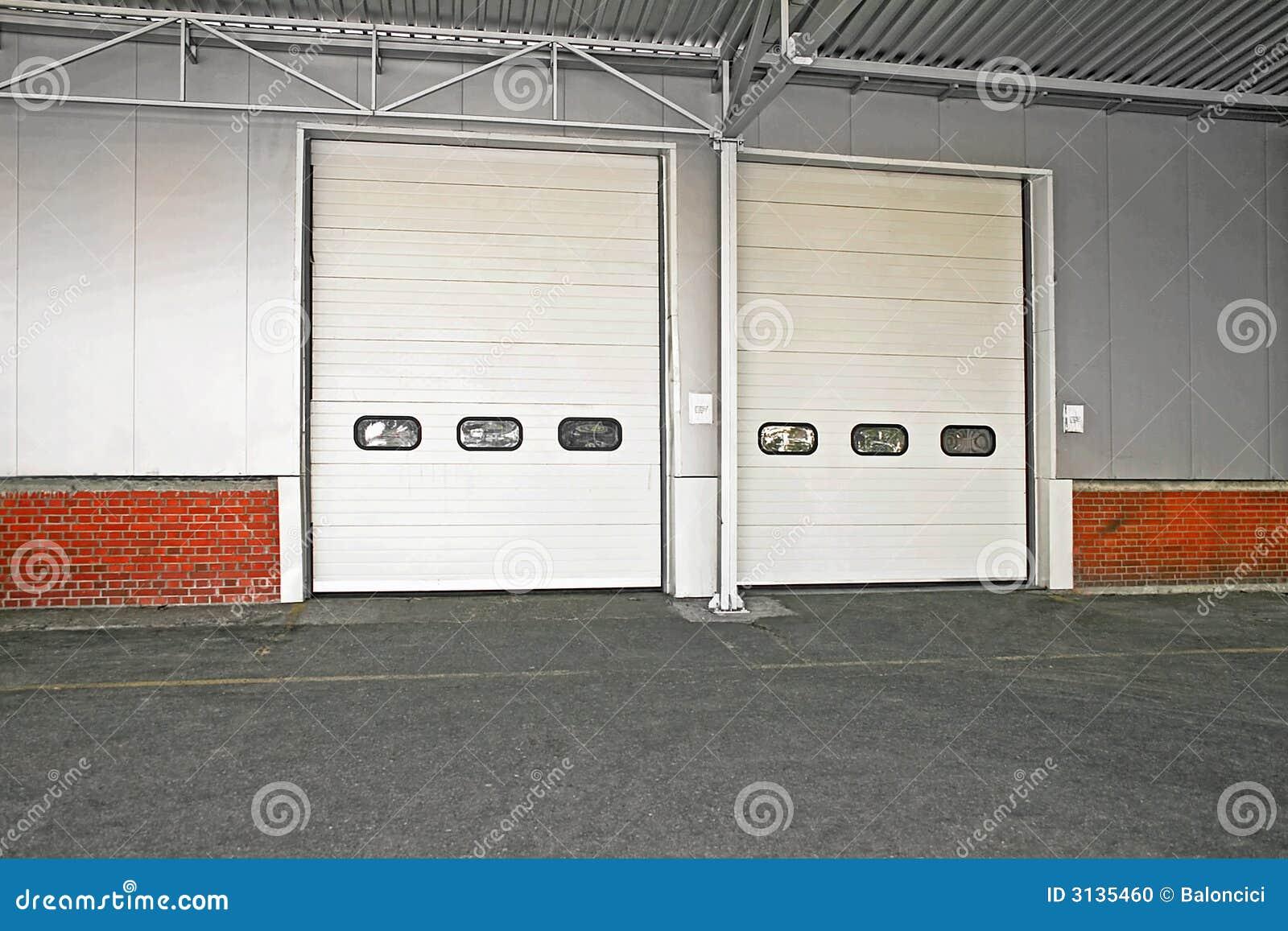 дверь груза
