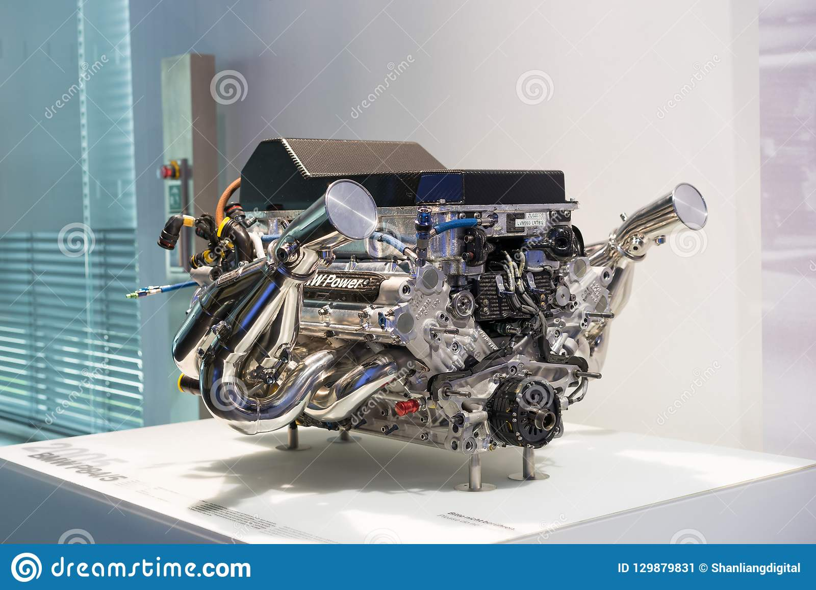 Двигатель BMW