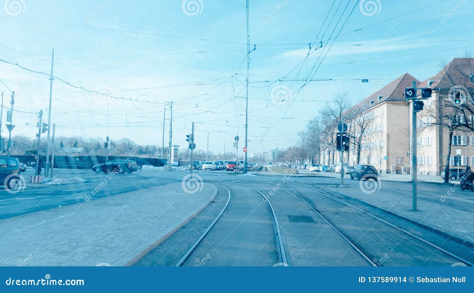 Движение в Мюнхене от трамвая