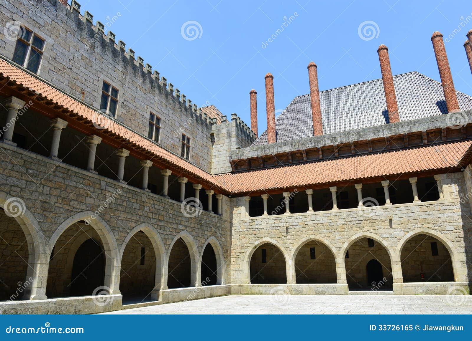 Дворец герцогов Braganza, Guimarães, Португалии