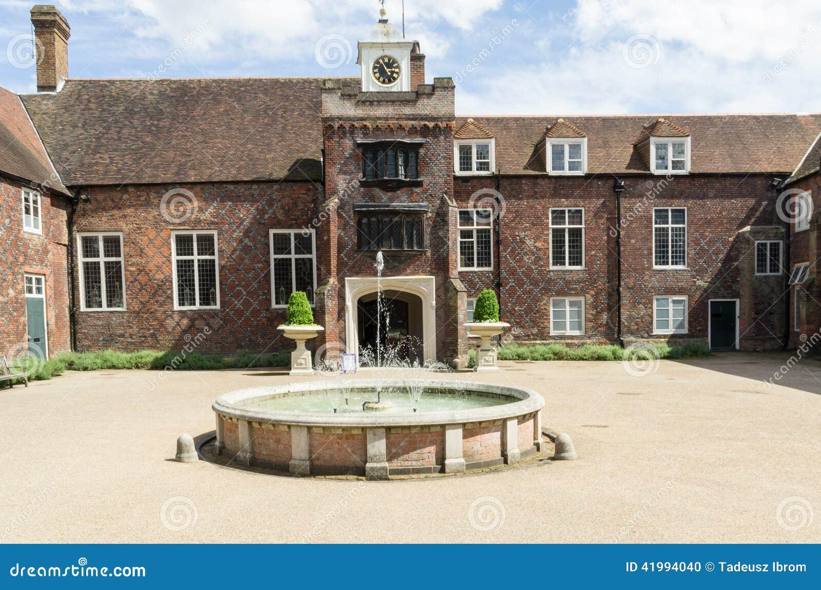 Дворец Fulham