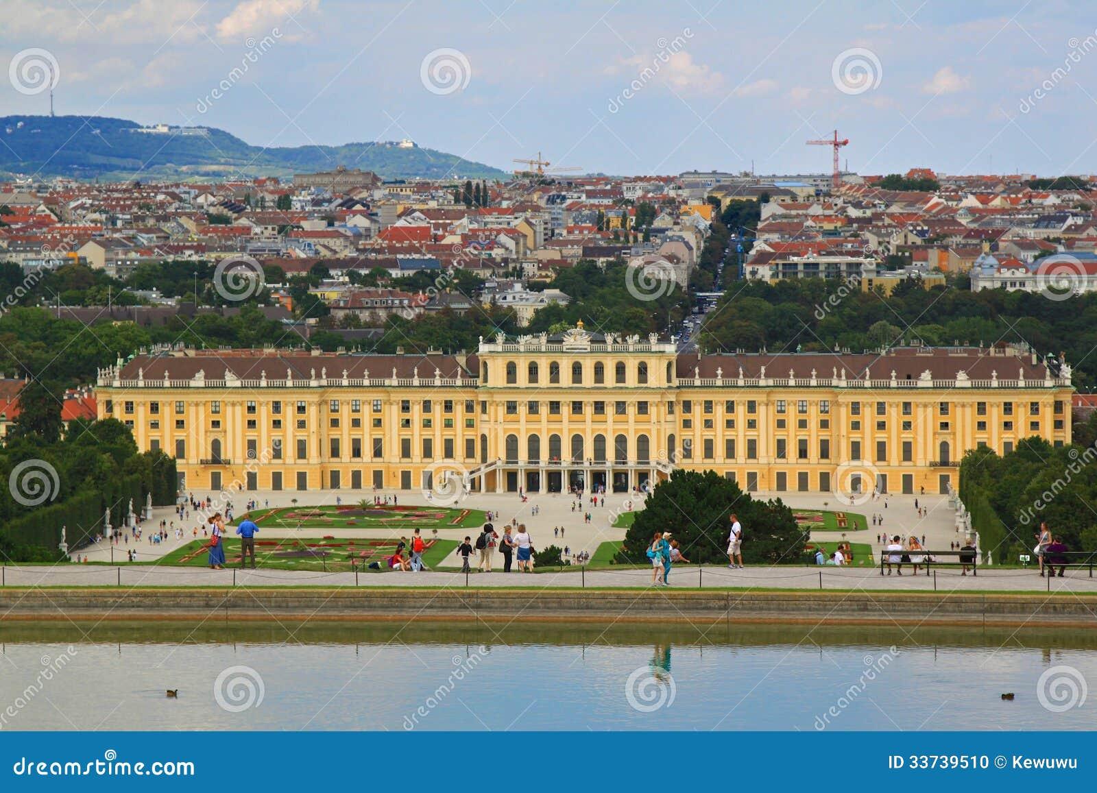 Дворец Schloss Schoenbrunn