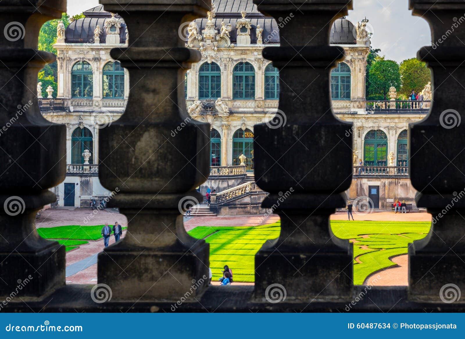 Дворец Zwinger павильонов Дрездена, Германии барочный