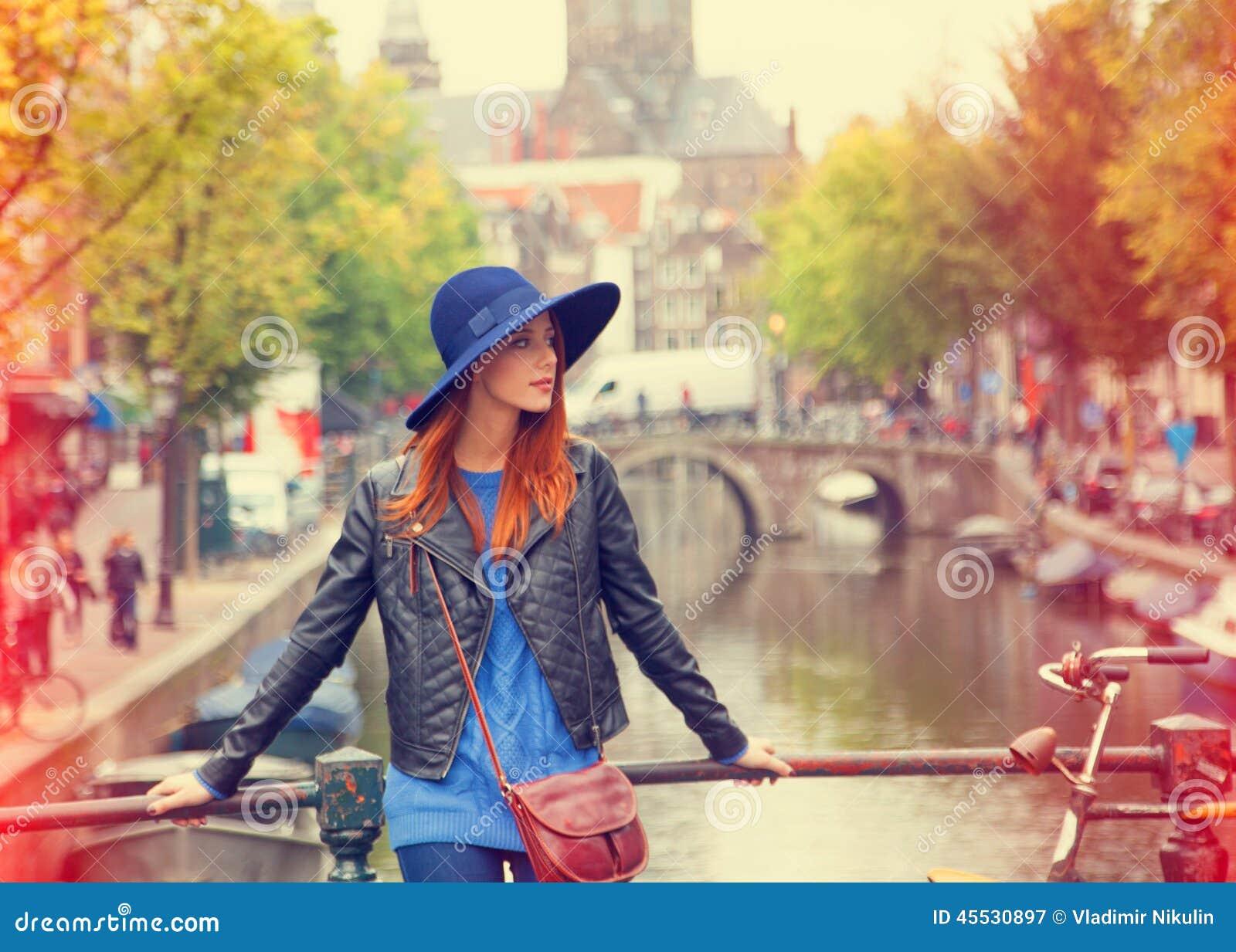 Девушек для работы в амстердам ирина терехова