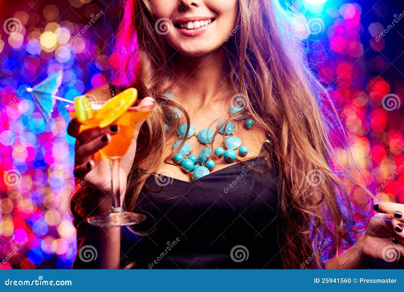 фото девушка в ночном клубе