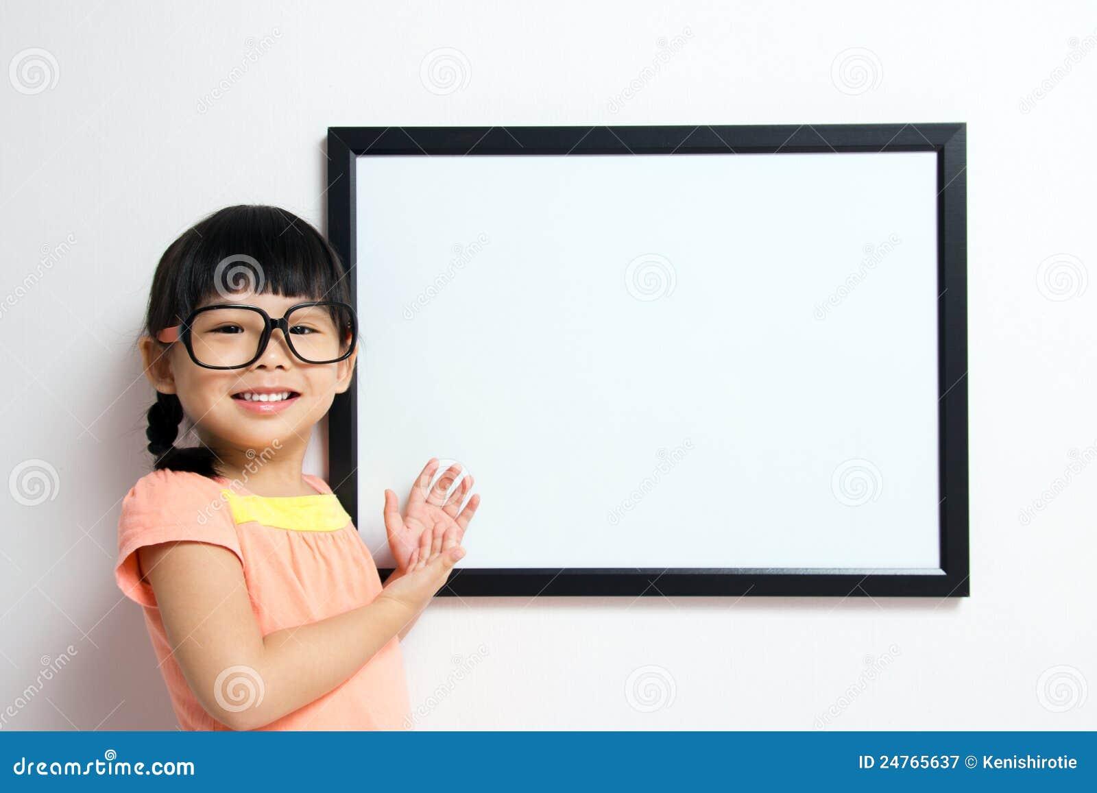 девушка доски немногая белое