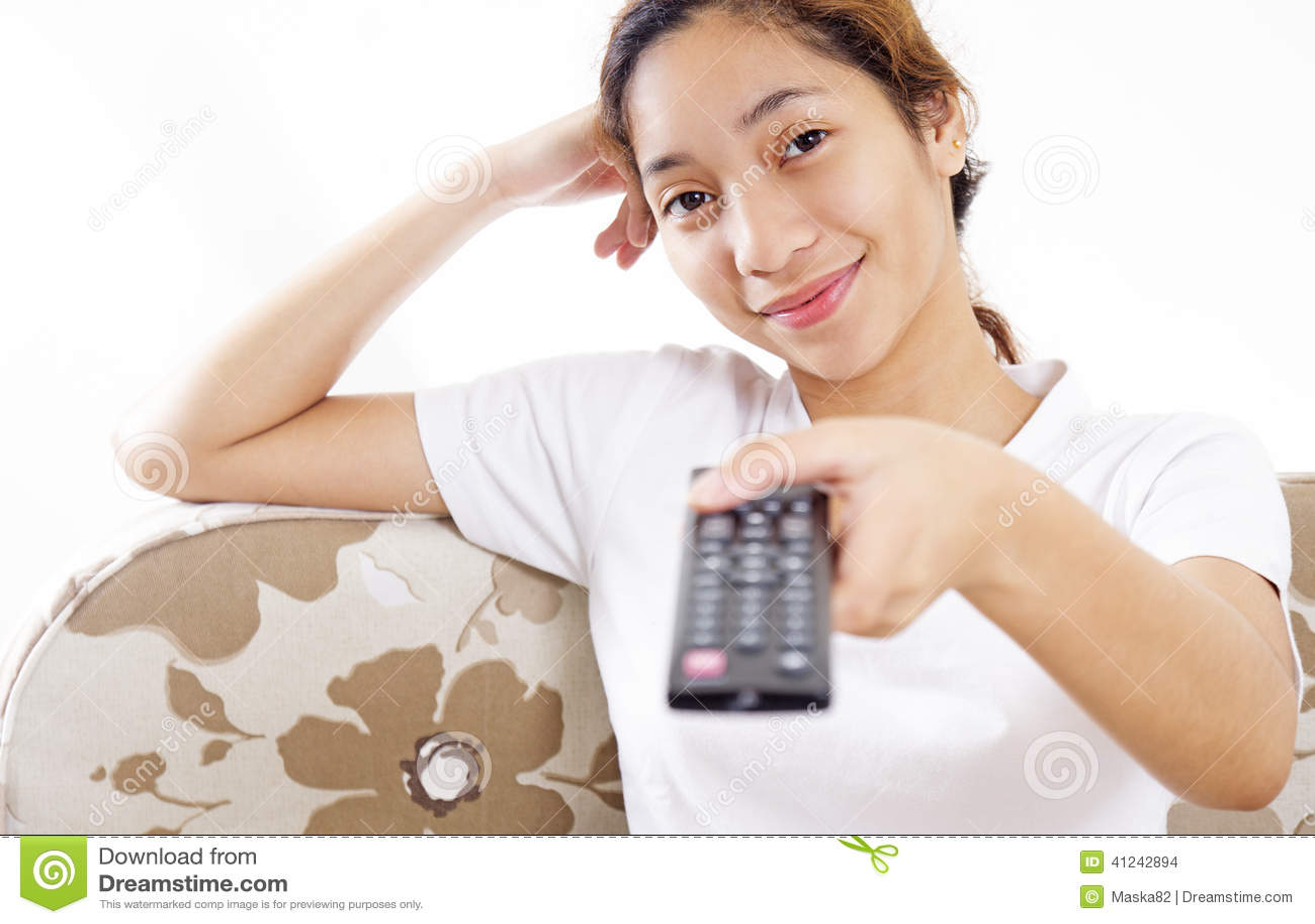 Девушка и телевидение