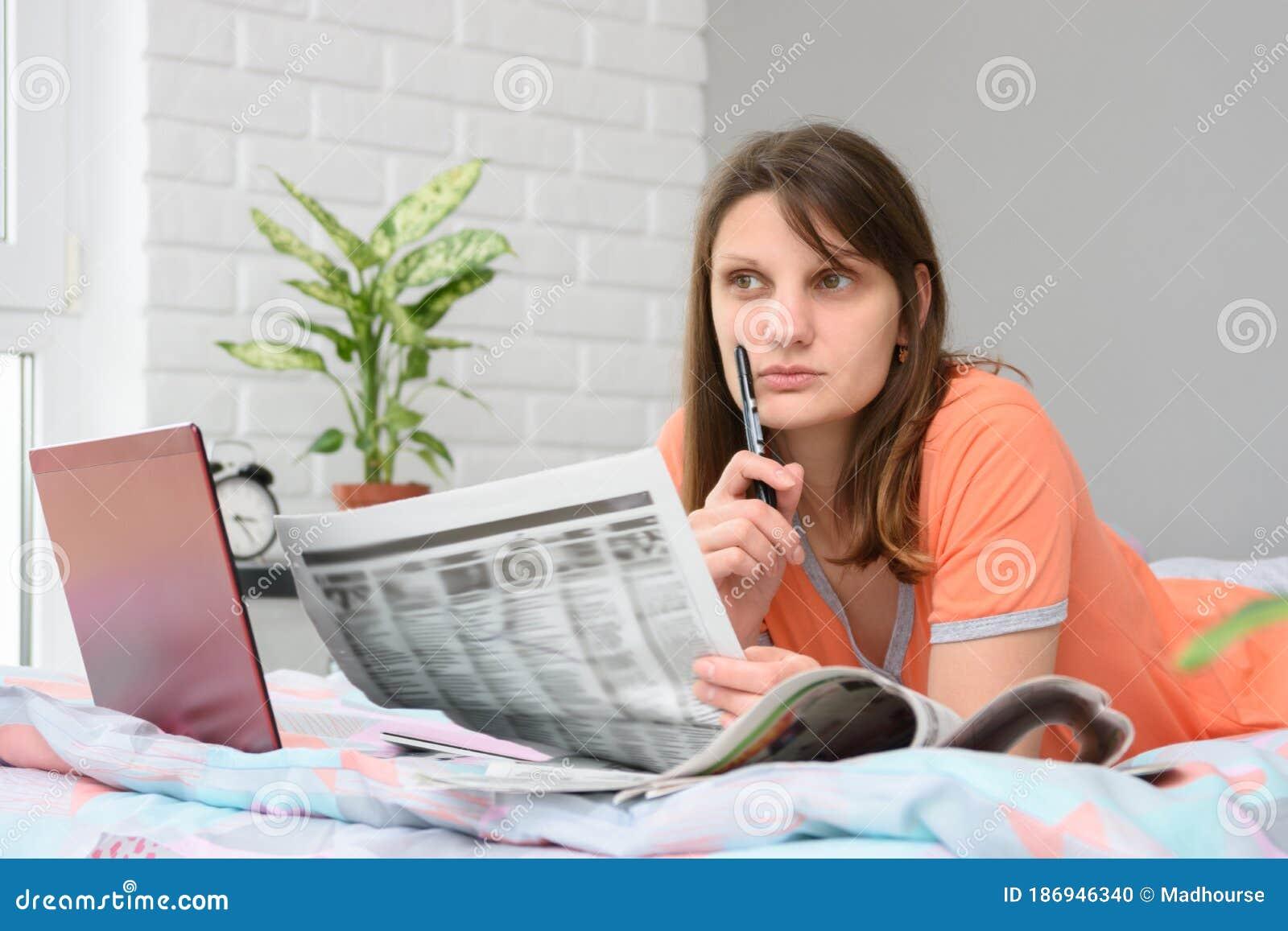 Фото для реклам девушка работа работы для девушек до 18