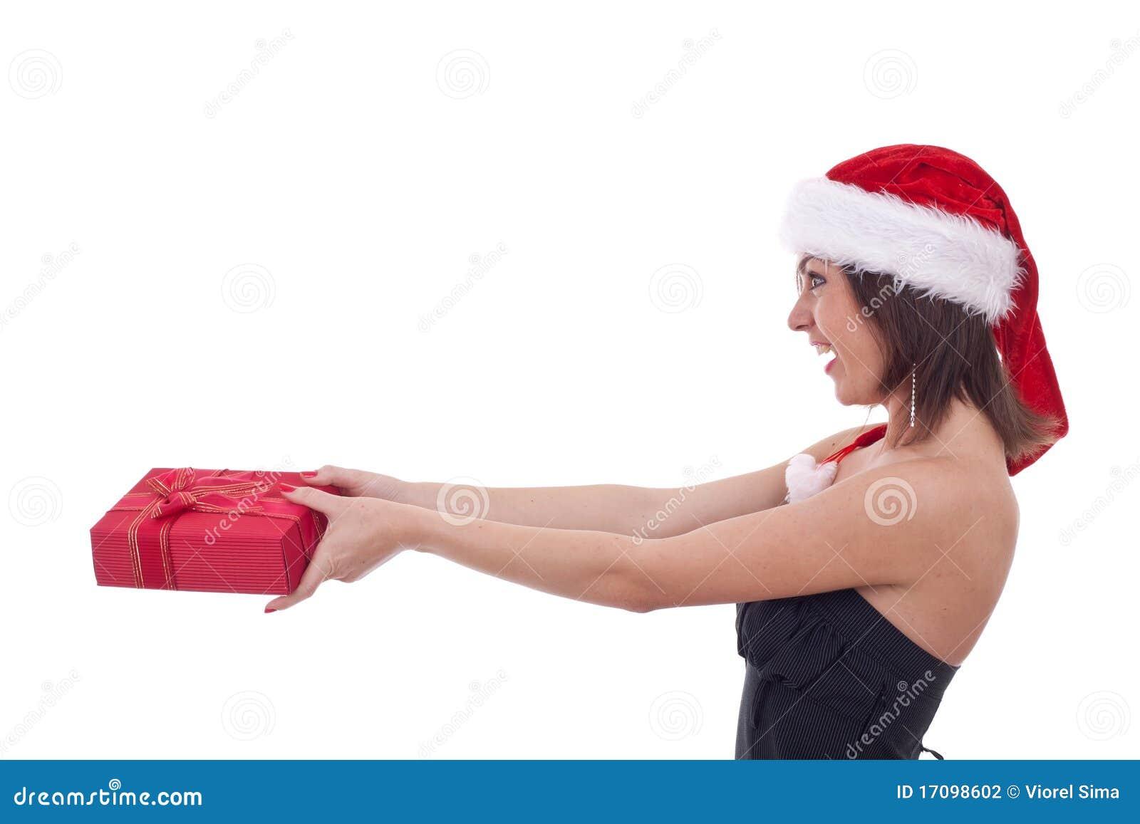 девушка рождества давая настоящий момент