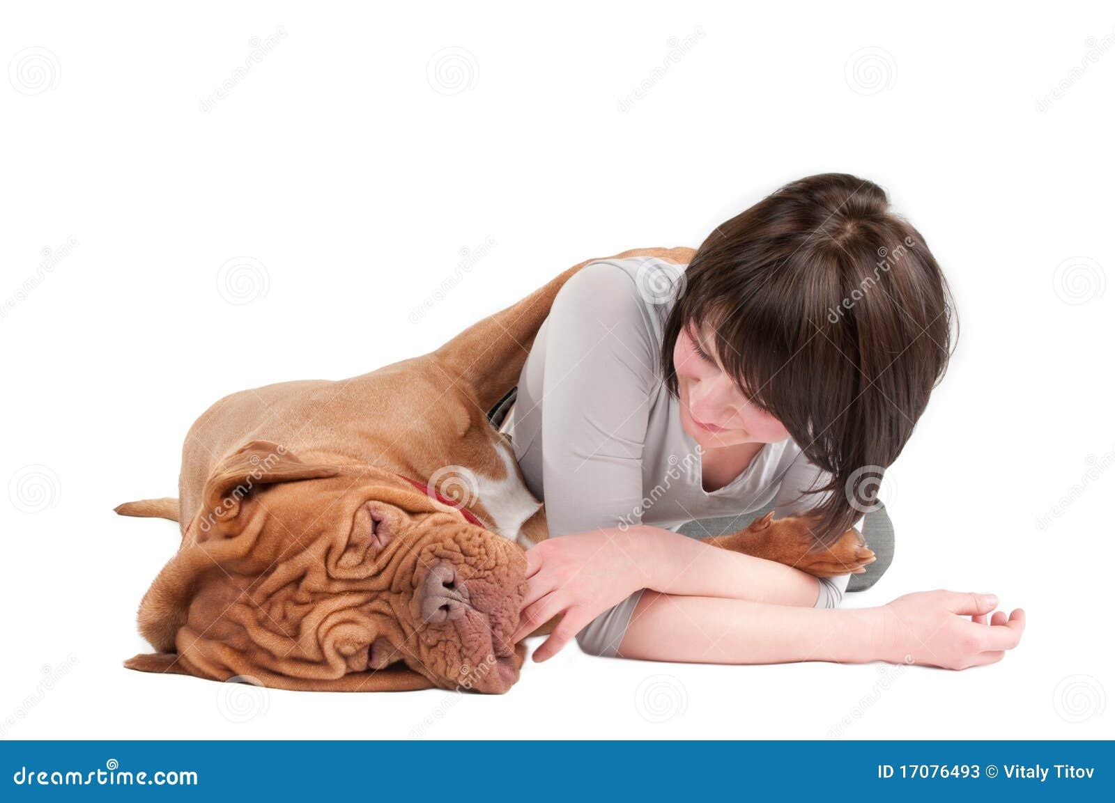 девушка собаки она