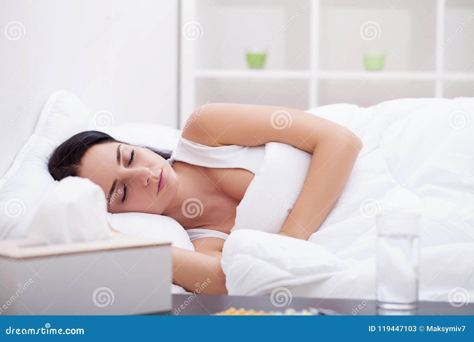 Работу во сне девушку высокооплачиваемые работы для девушек в москве список