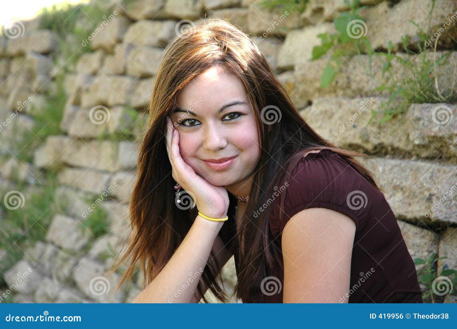девушка 3 outdoors