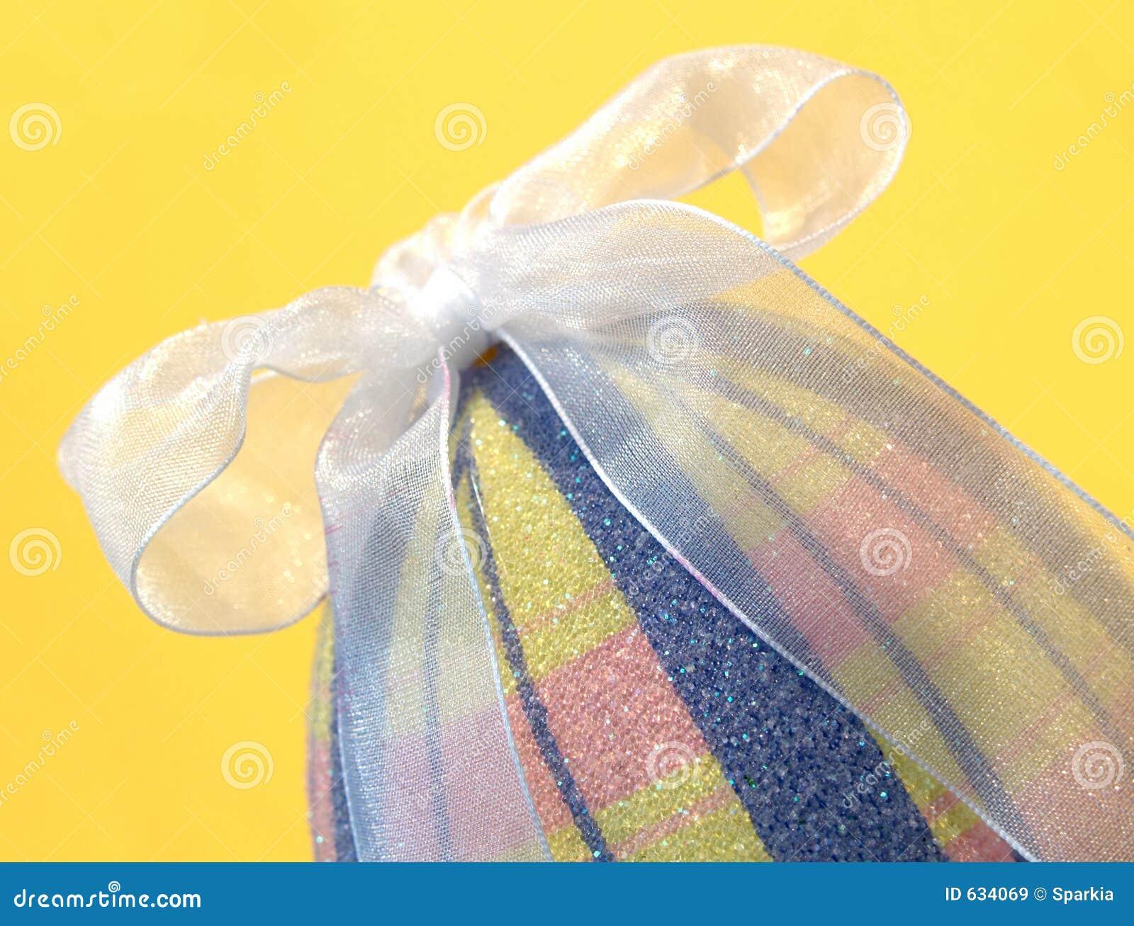 Download декоративное пасхальное яйцо Стоковое Изображение - изображение насчитывающей украшение, шотландка: 634069