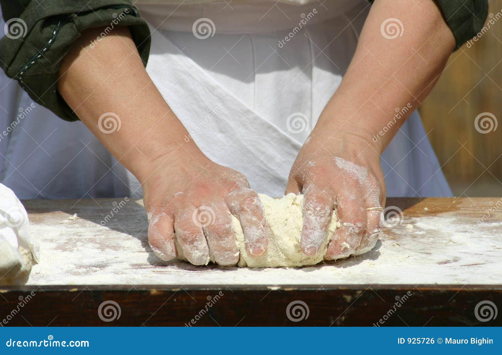 делать хлеба