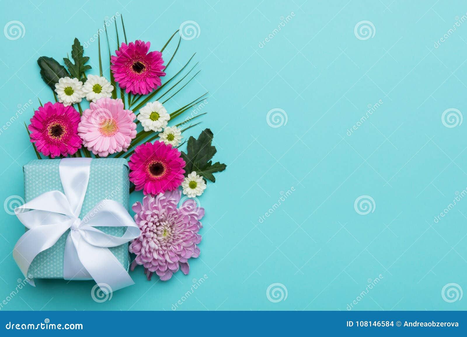 День ` s дня, валентинки счастливого ` s дня, женщин ` s матери или конфета дня рождения пастельная красят предпосылку Флористиче