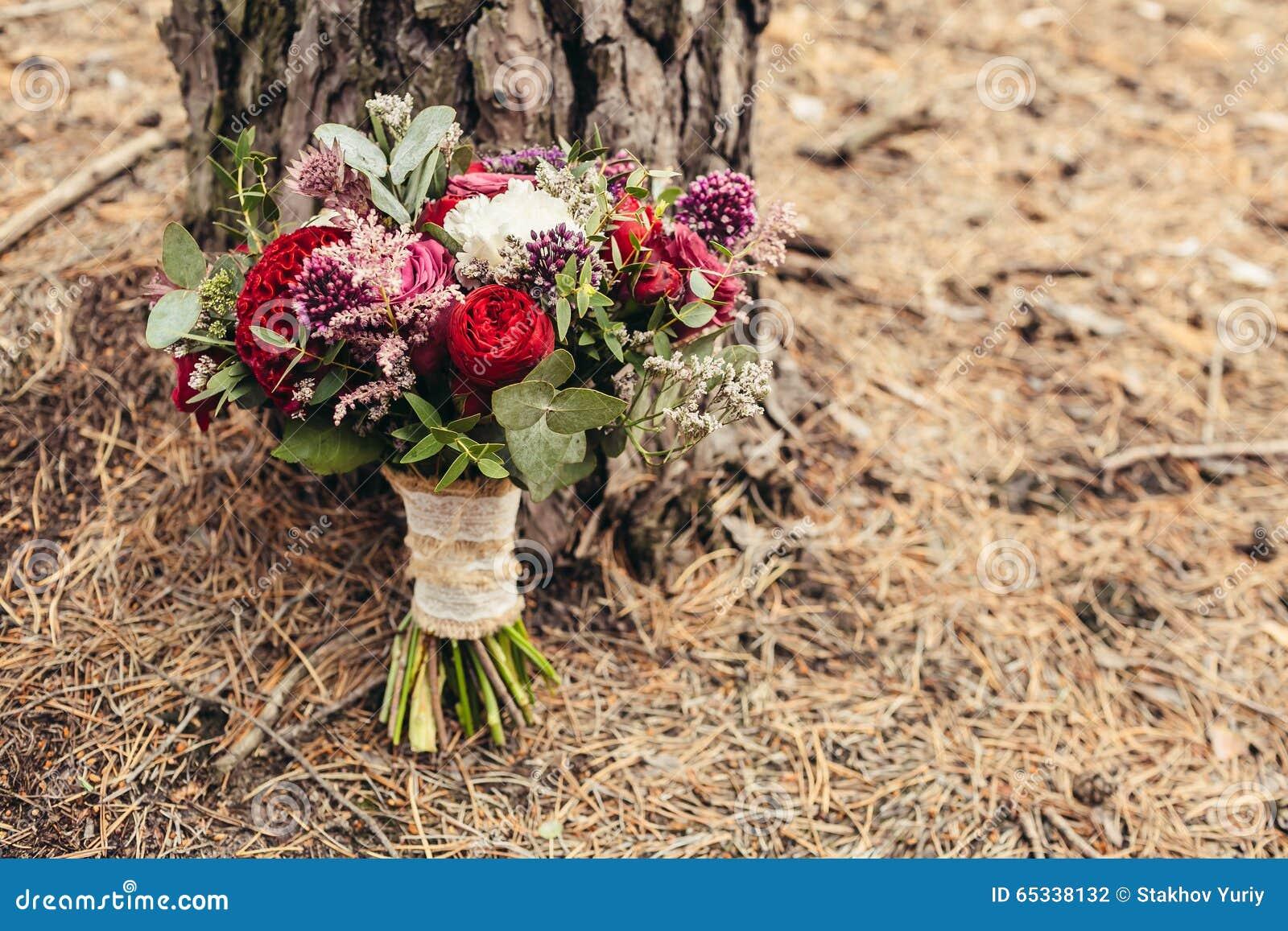 Красная роза свадебный букет #2