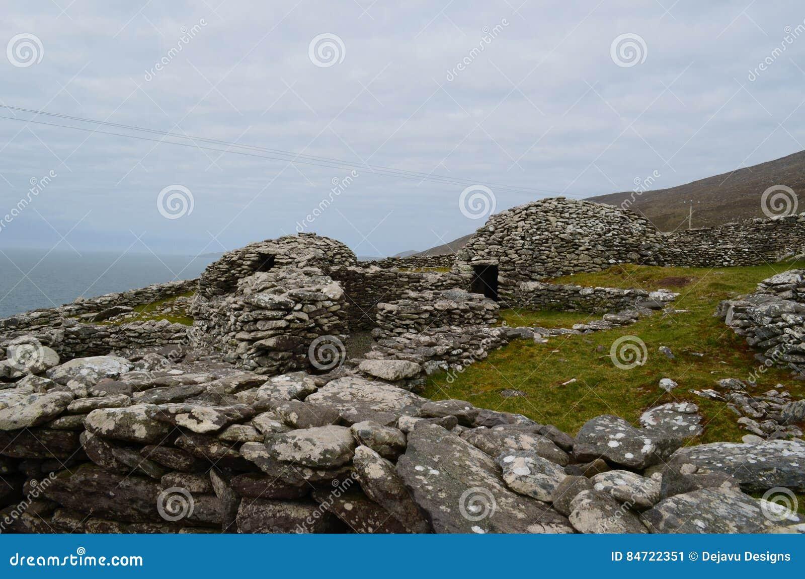 Деревня хаты улья Clochan в Ирландии