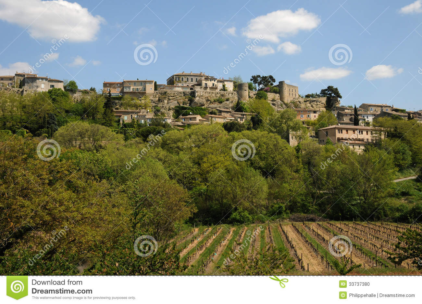 Деревня Menerbes в Провансали