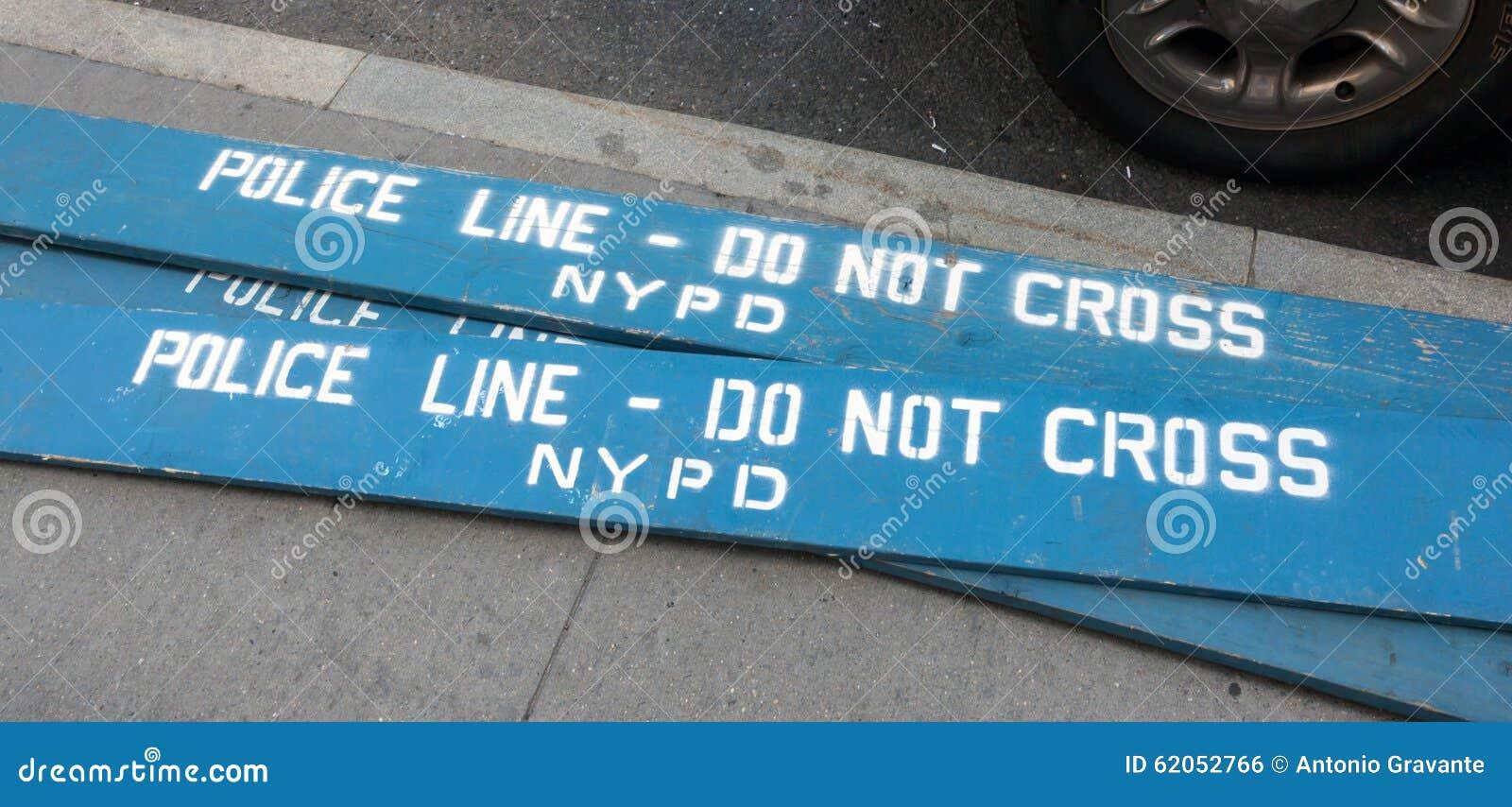 Деревянная полиция баррикад в городе Нью-Йорка