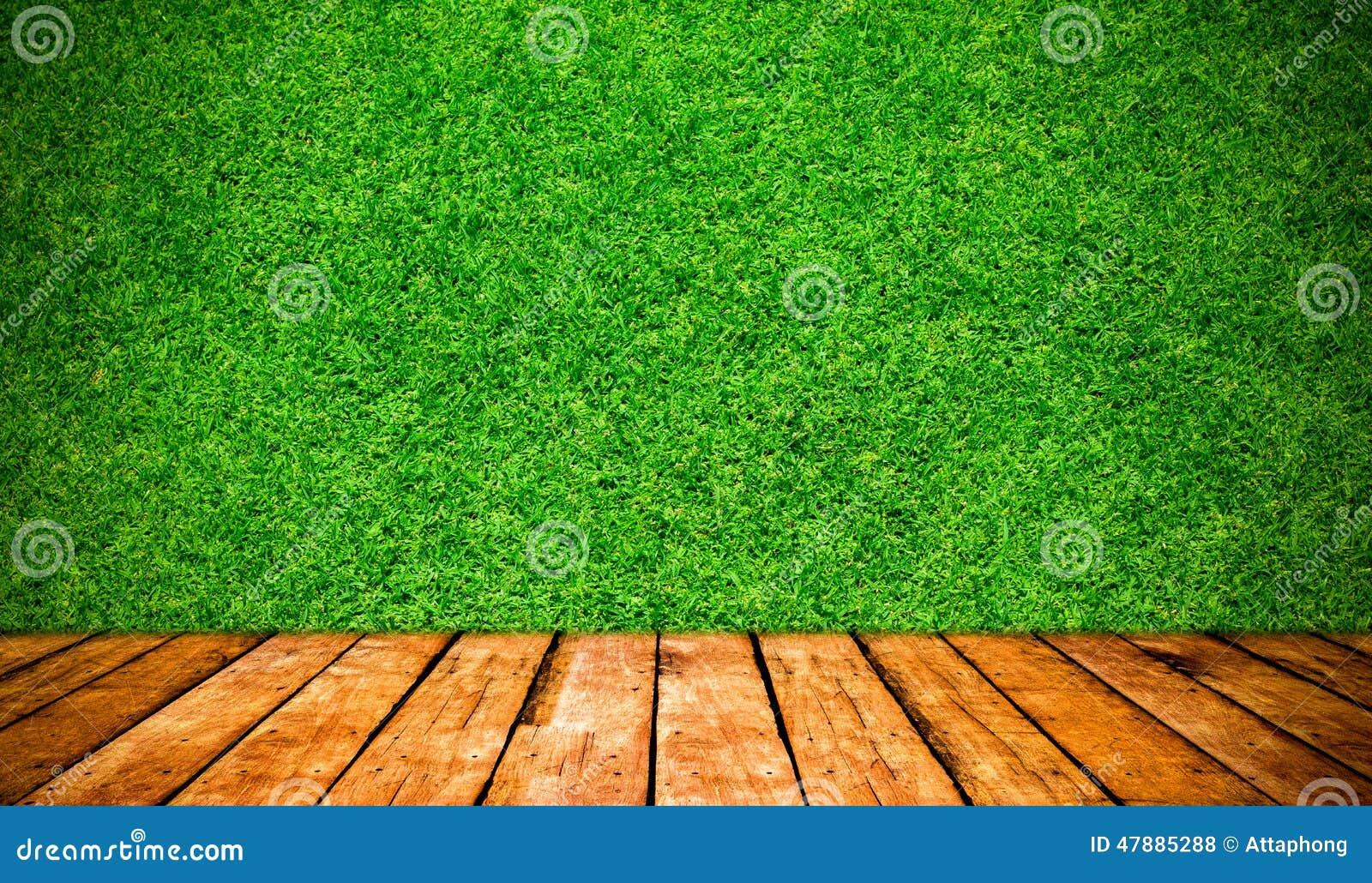 Деревянная предпосылка доски и травы