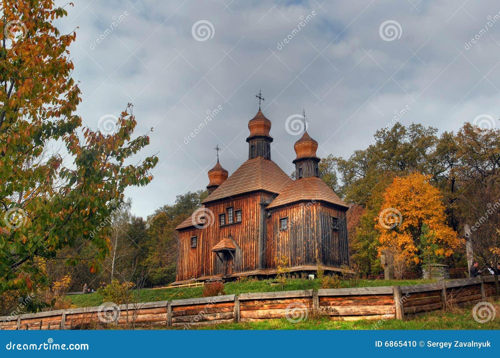 деревянное церков правоверное