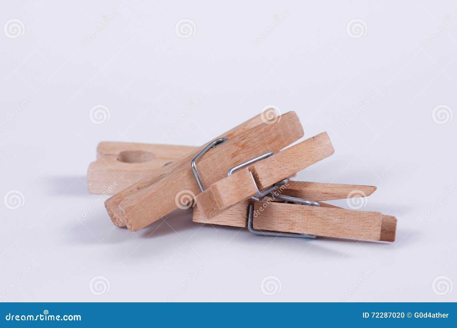 Download Деревянные колышки ткани стоковое фото. изображение насчитывающей никто - 72287020