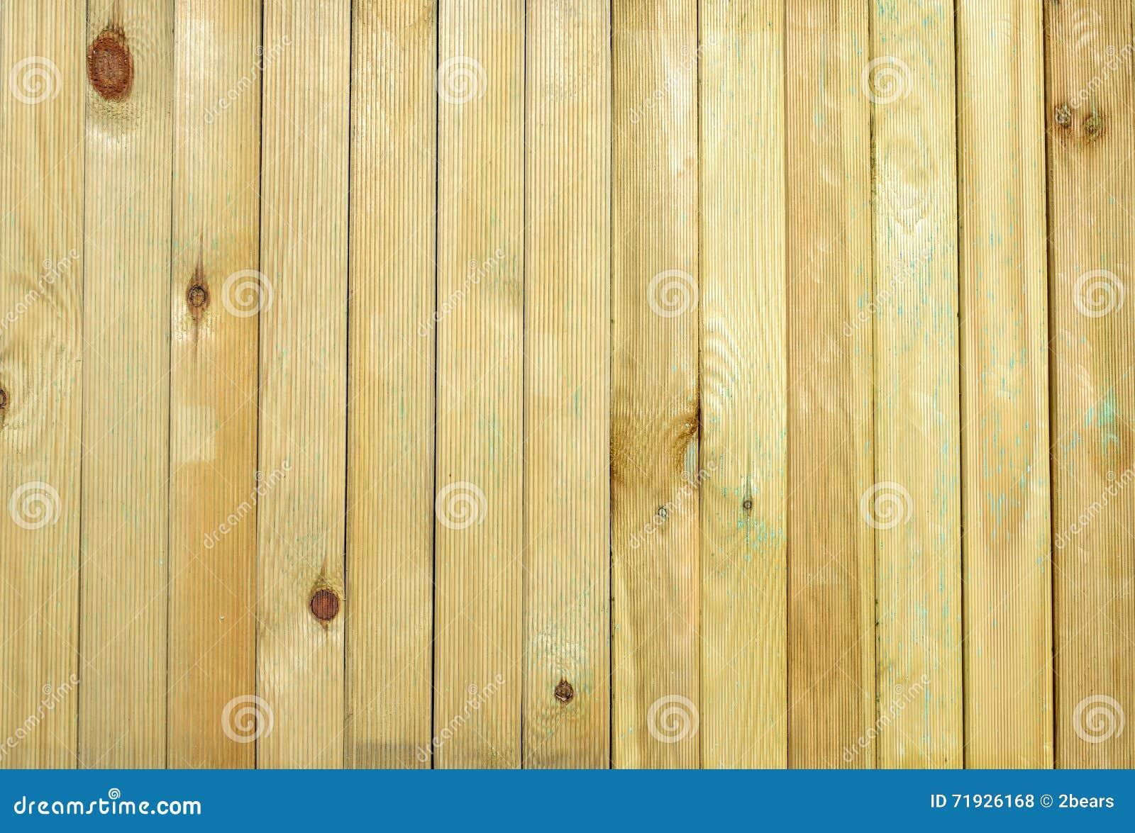 Деревянные планки как предпосылка или текстура