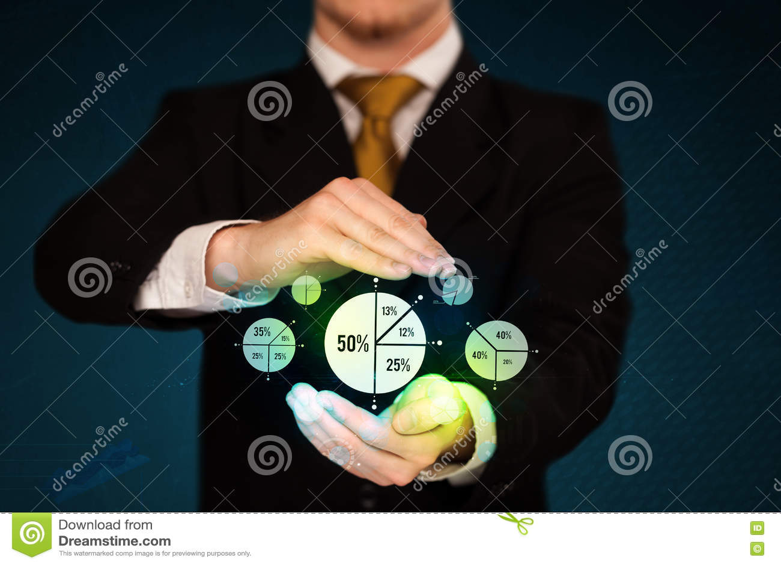 Download Держать диаграммы дела стоковое фото. изображение насчитывающей кавказско - 72281274