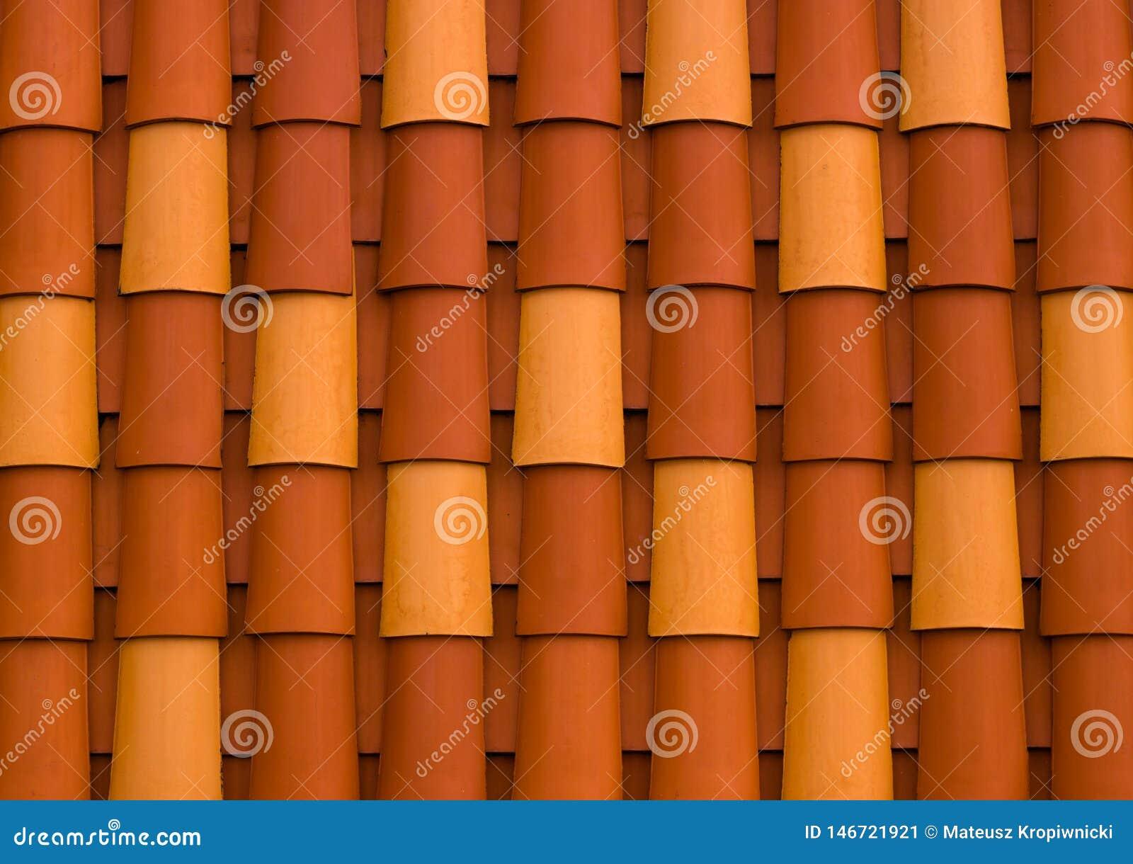 Детали красочной крыши