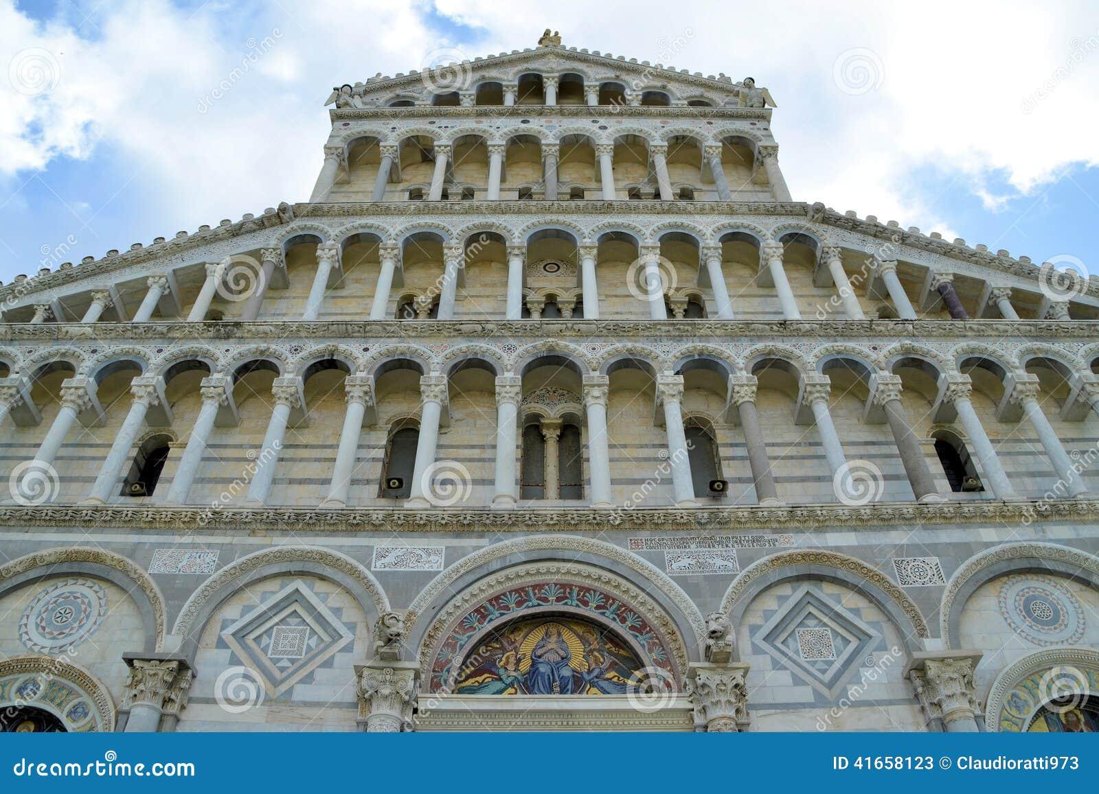 Детали собора Пизы