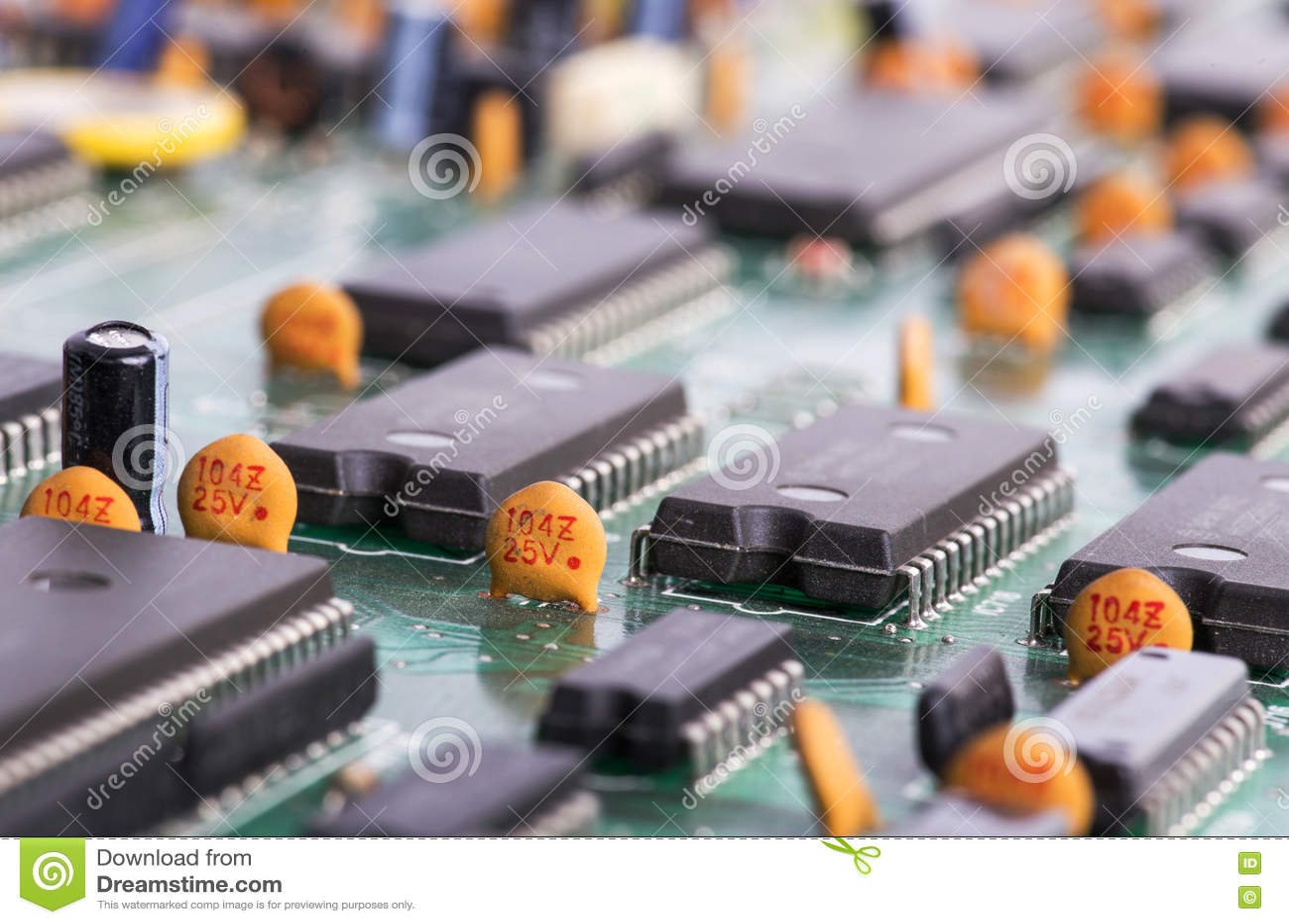 Download Деталь материнской платы компьютера Стоковое Изображение - изображение насчитывающей напечатано, компоненты: 72284327