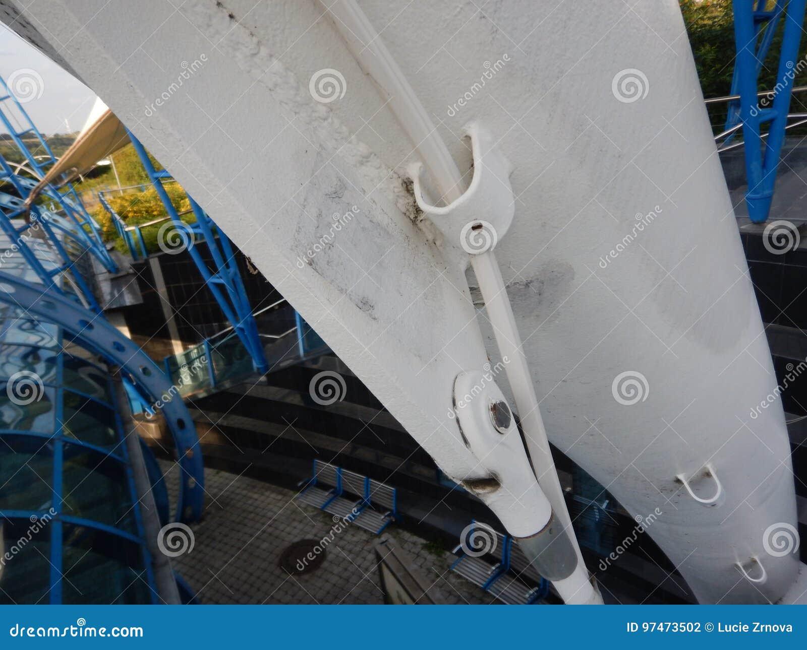 Деталь соединения винта стальной структуры