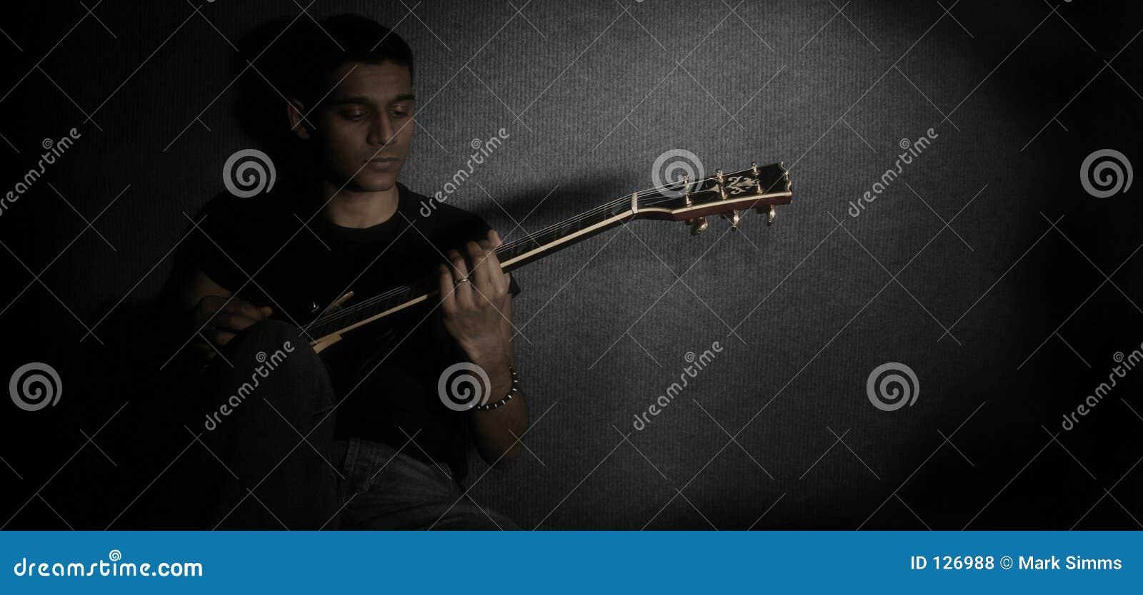 детеныши гитариста