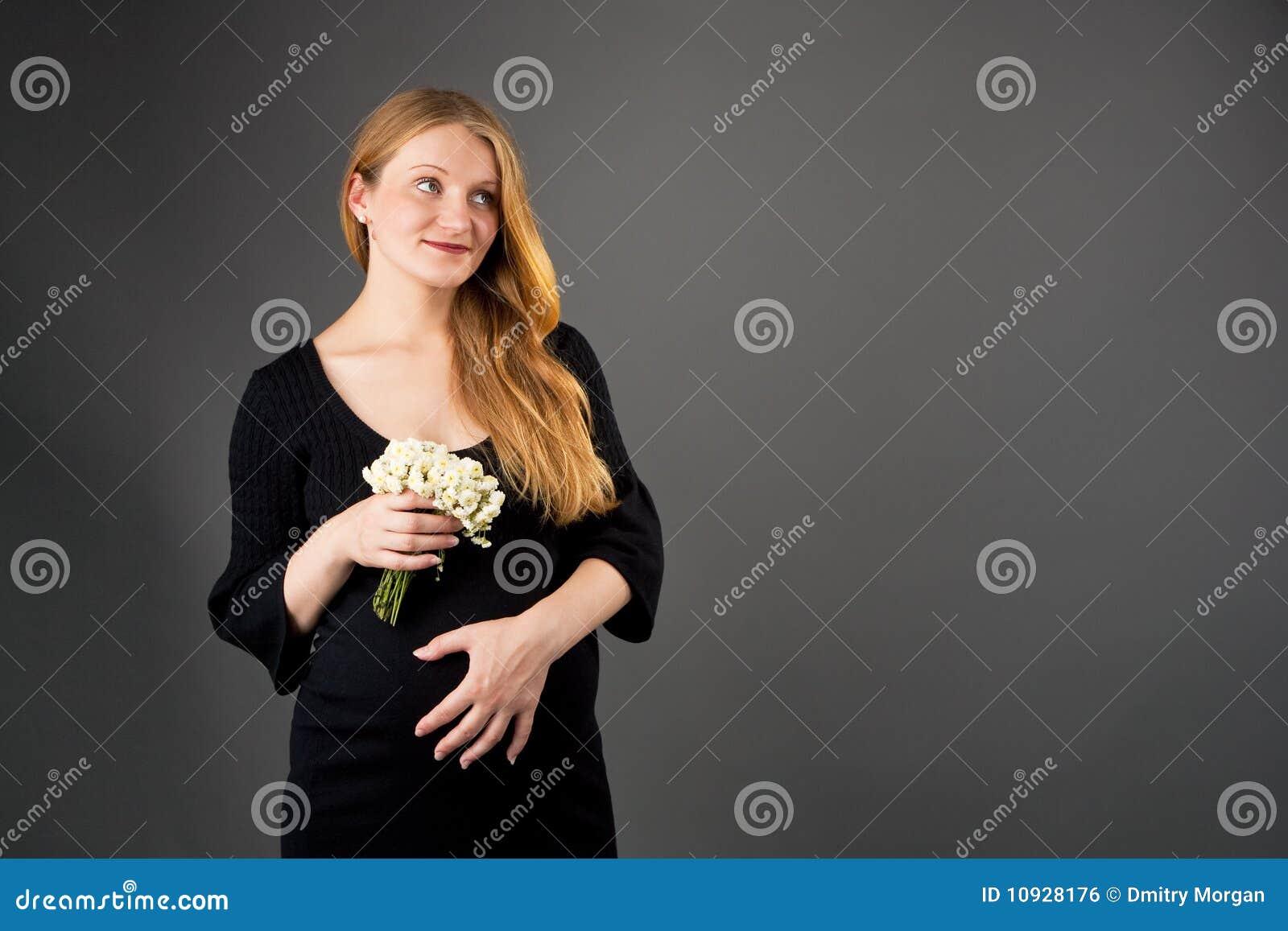 детеныши женщины блондинкы супоросые милые