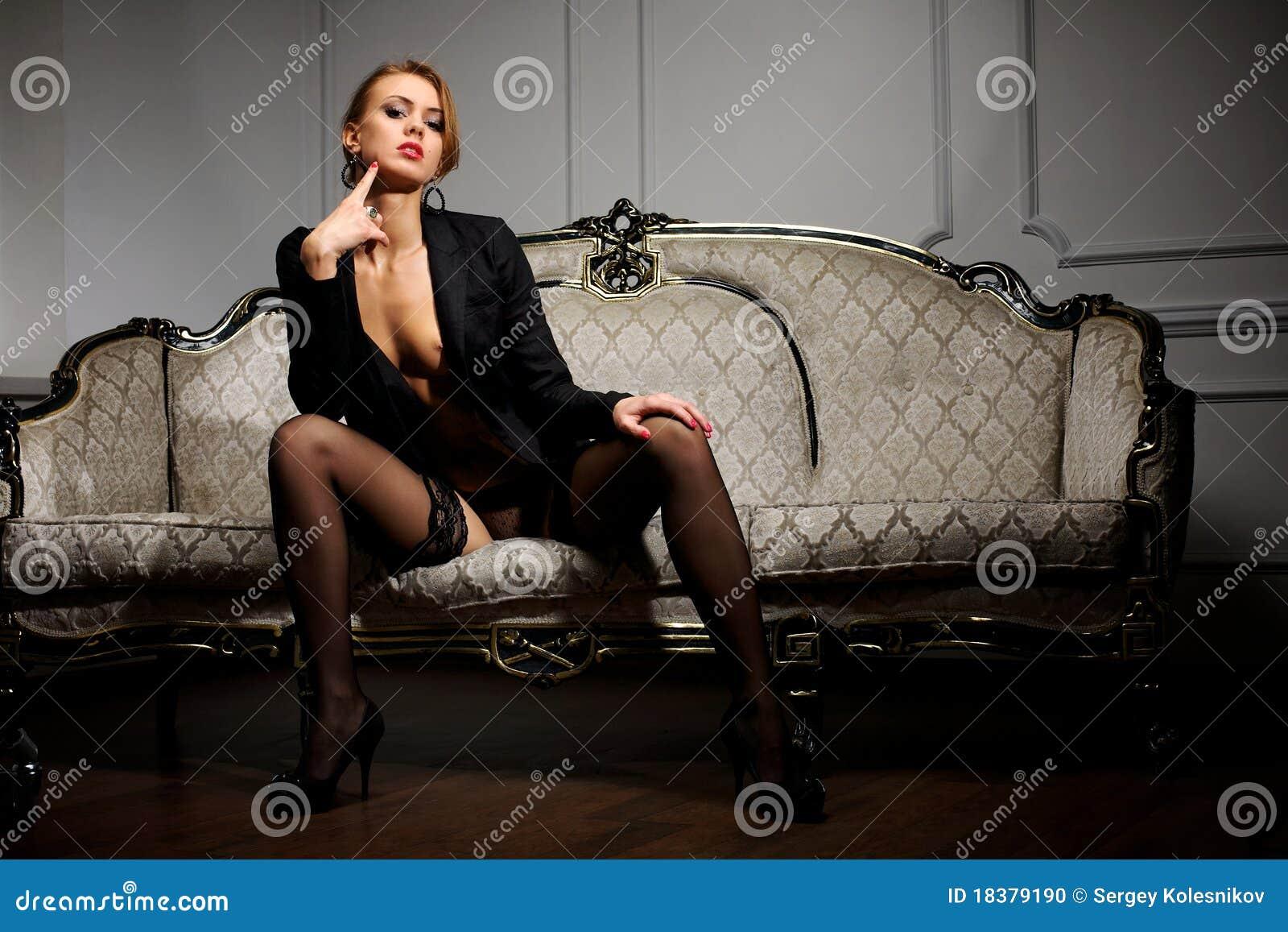 детеныши женщины кресла сидя