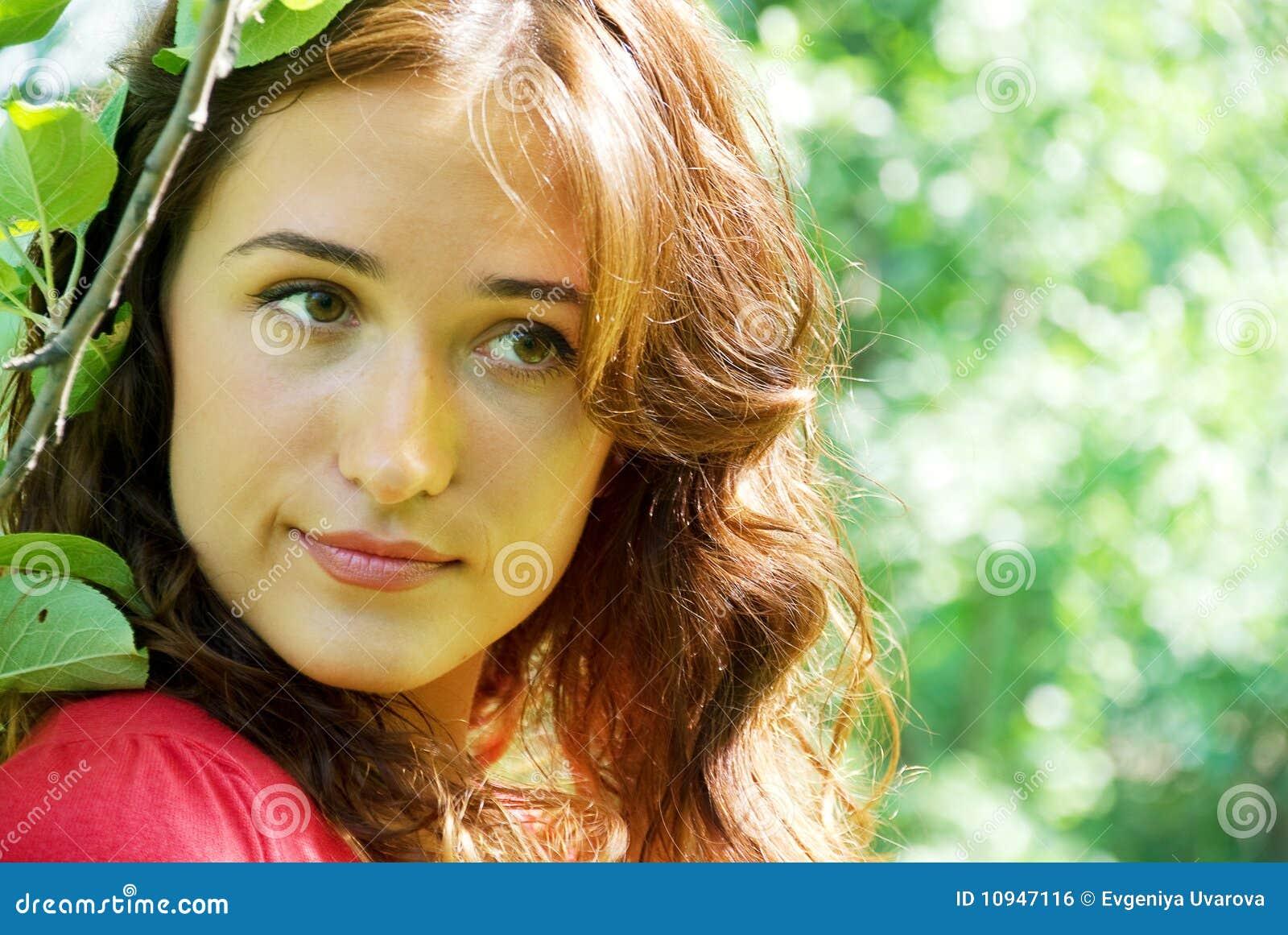 детеныши женщины портрета