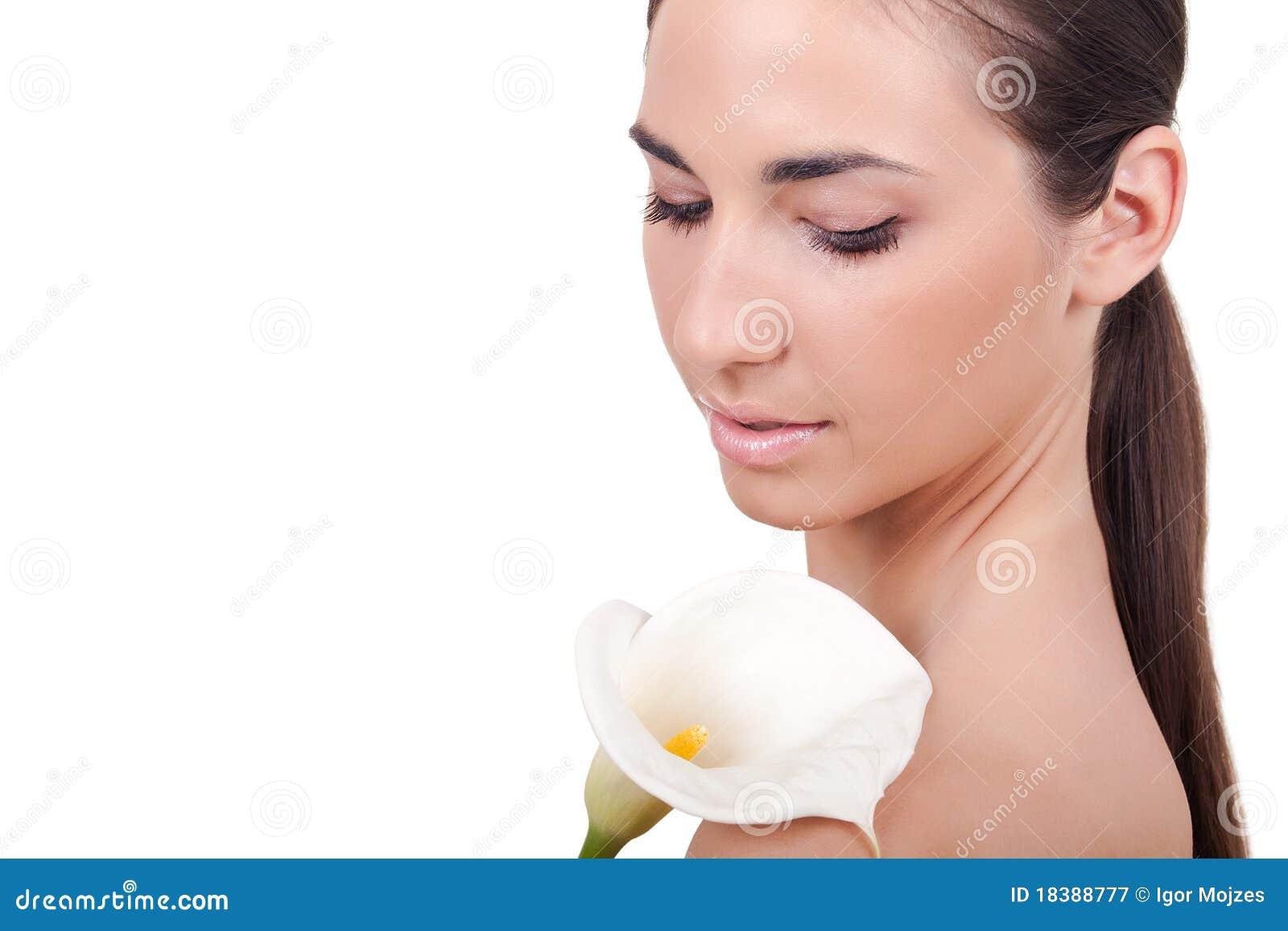 детеныши женщины цветка