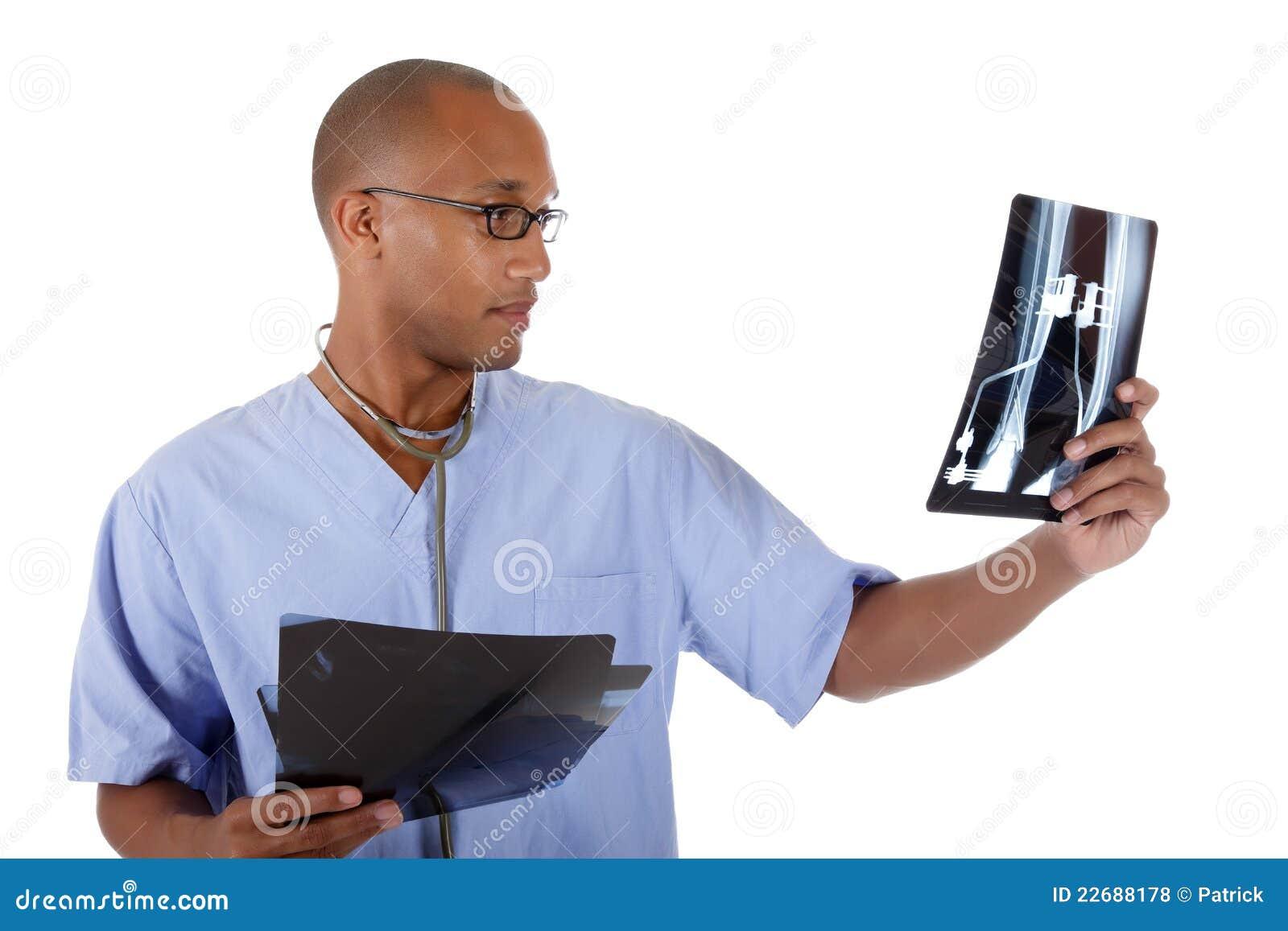 детеныши рентгеновского снимка человека доктора афроамериканца успешные