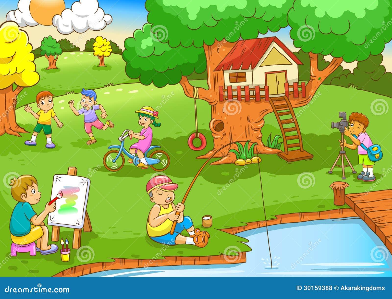 Дети играя под домом дерева