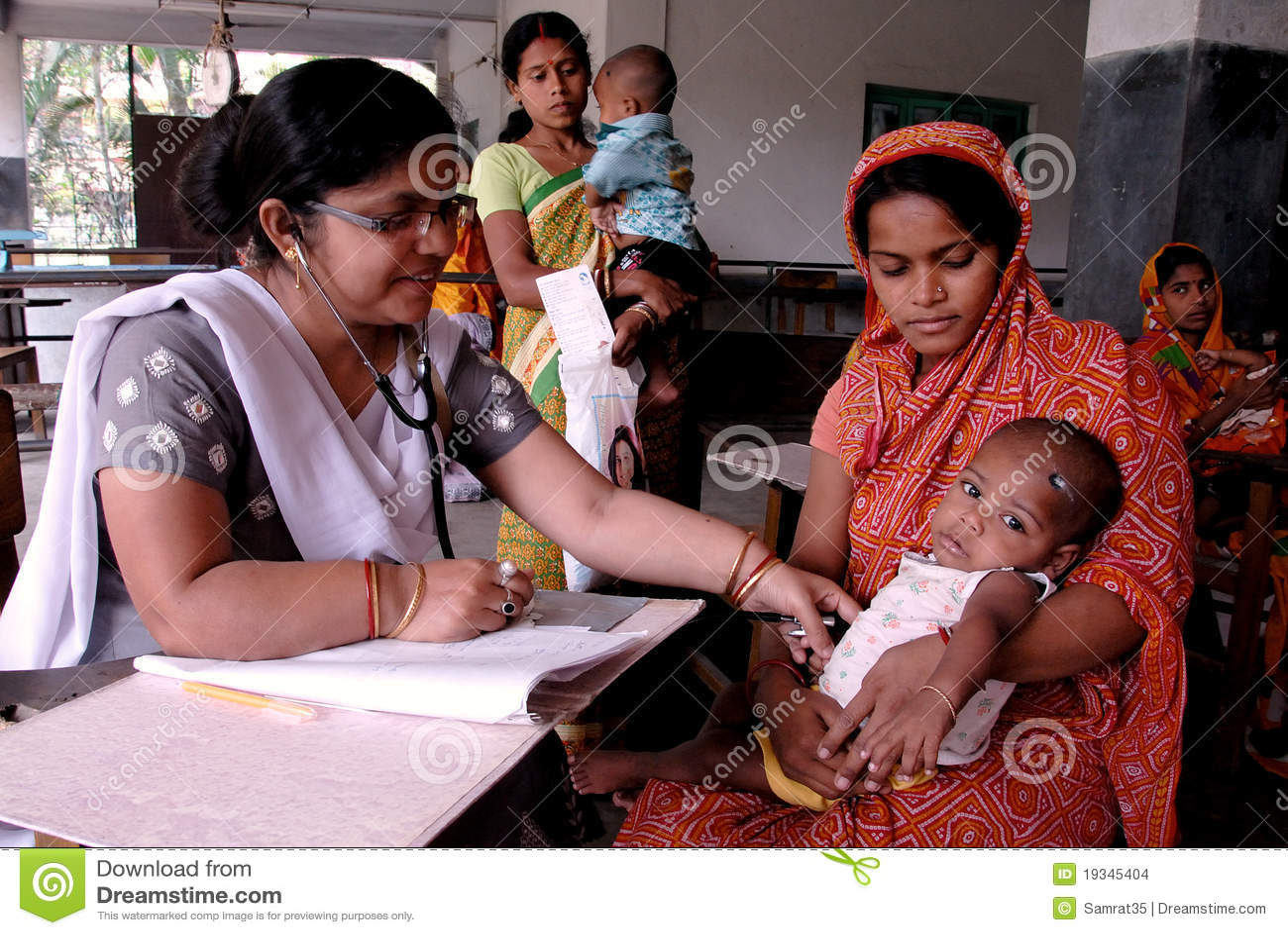 дети Индия недостаточно питающийся