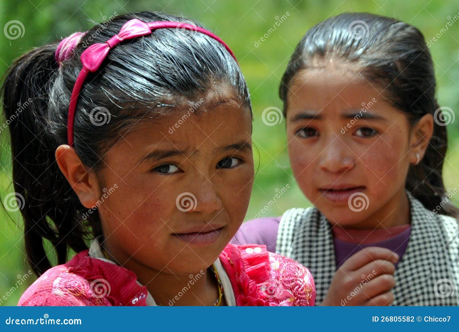 Дети от Ladakh (меньшего Тибета), Индия