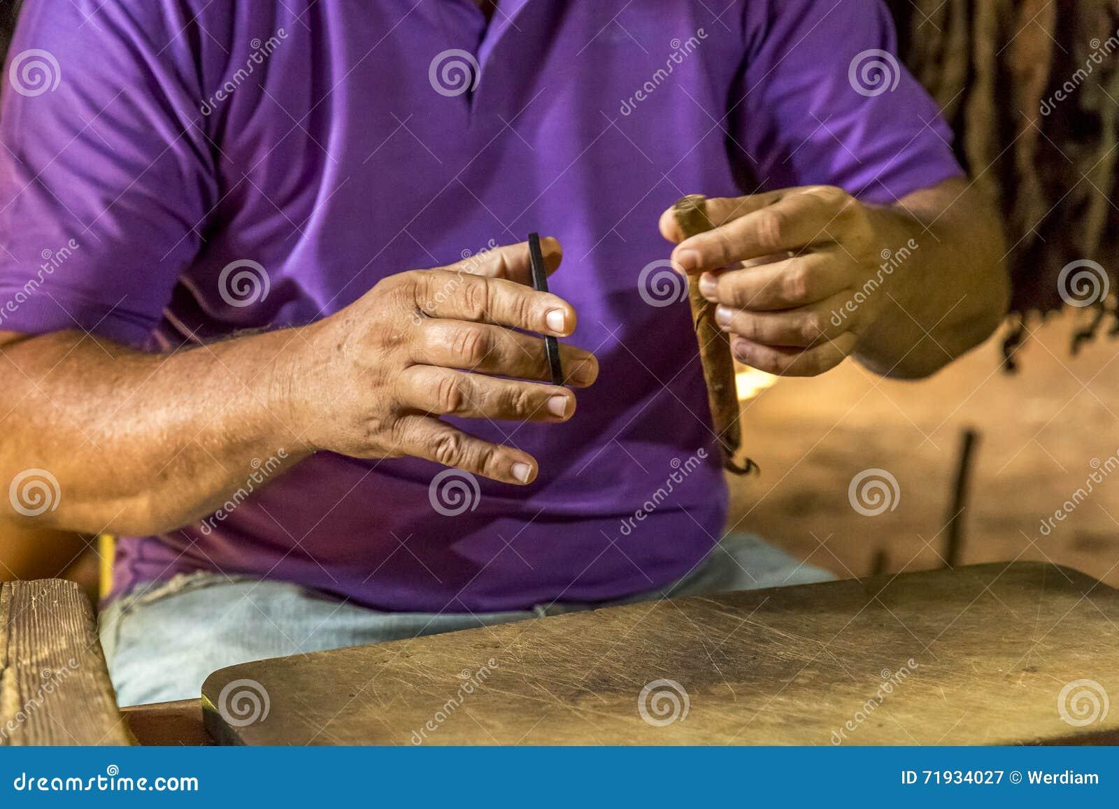 Делать сигары в Vinales, Куба #12/21