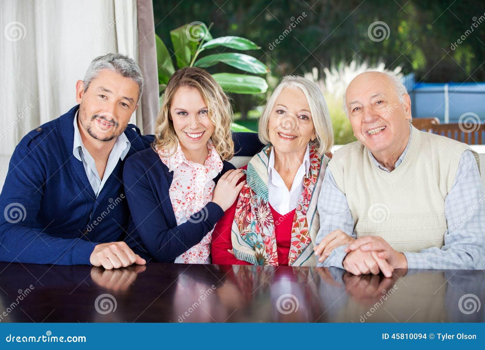 Как посещать дом престарелых пансионат для больных деменцией в ленинградской области
